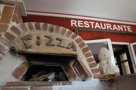 Leonardos Pizzeria and Pasta Restaurant Puerto de Mazarrón
