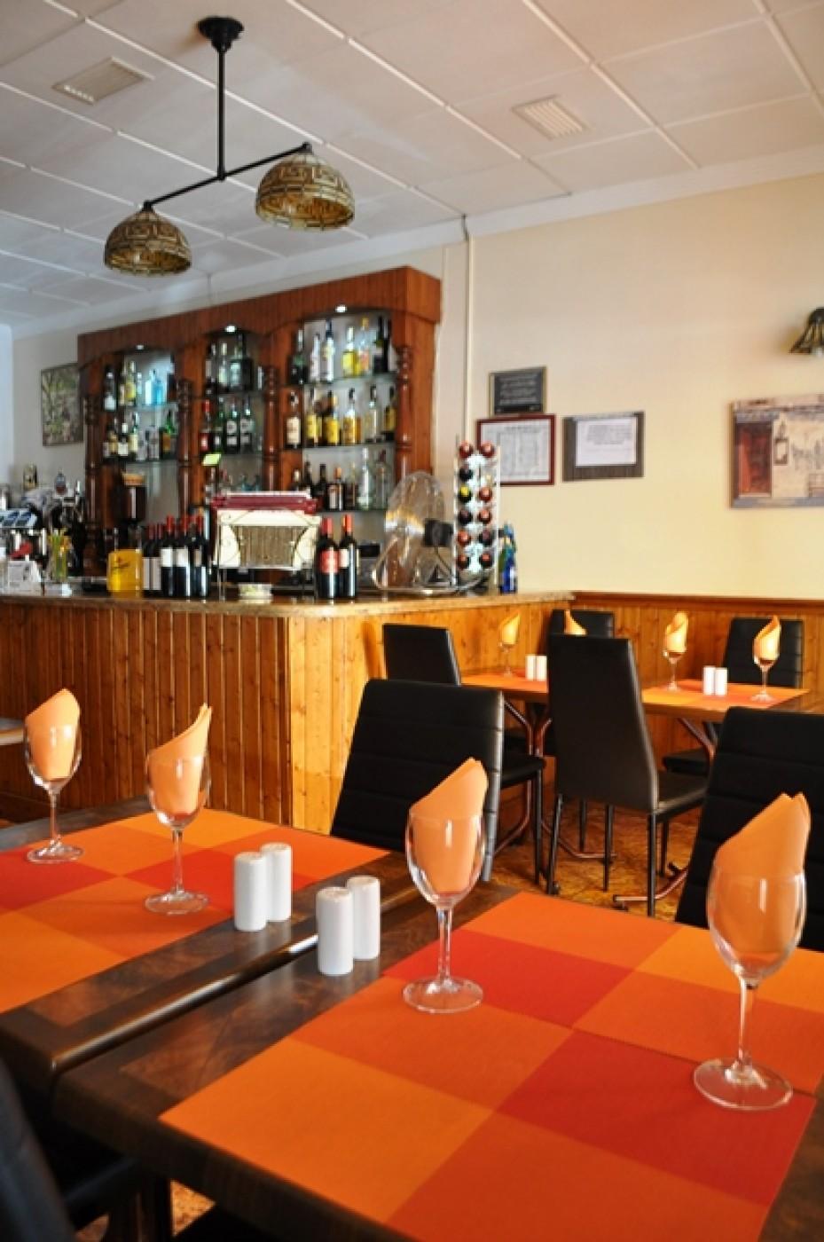 The Old Market Tavern Puerto de Mazarron