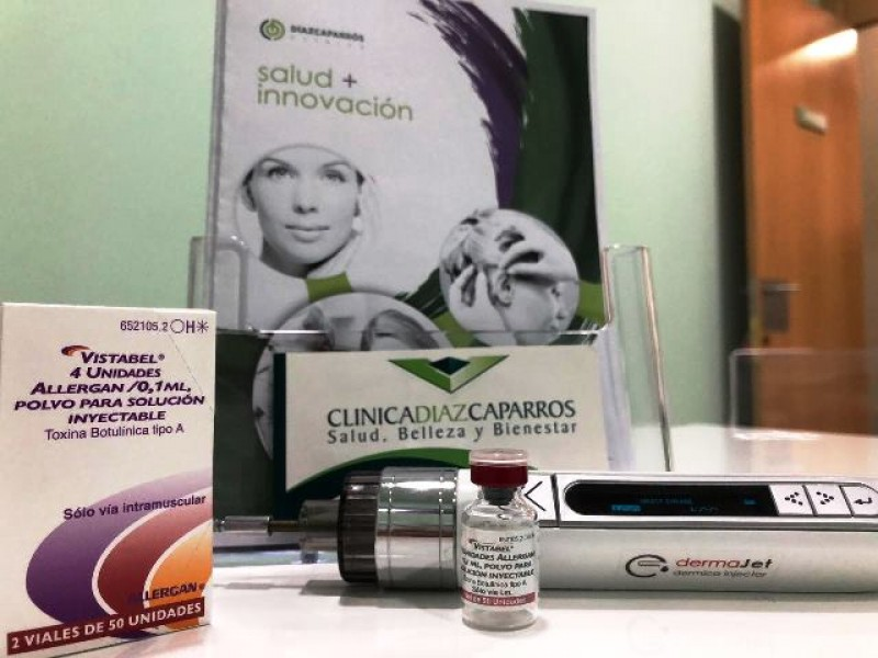 Non surgical facelifts, botox, cosmetic surgery at Clinica Diaz Caparrós in Cartagena