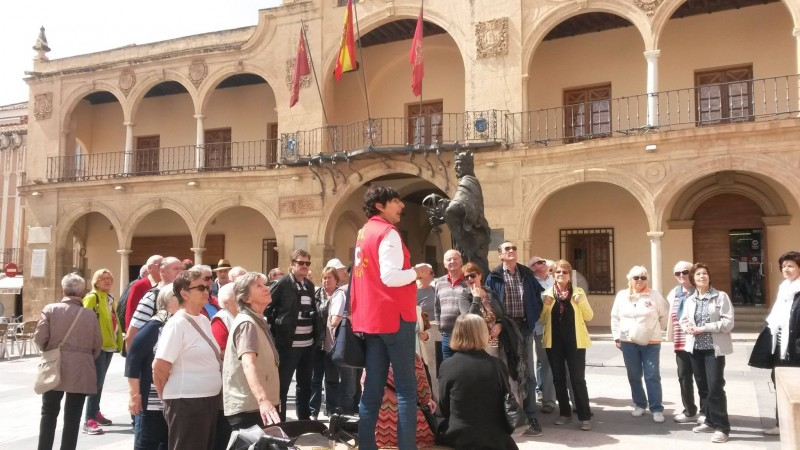 <span style='color:#780948'>ARCHIVED</span> - 27th April Free guided theatrical tour of historical Lorca: La Daga Roja