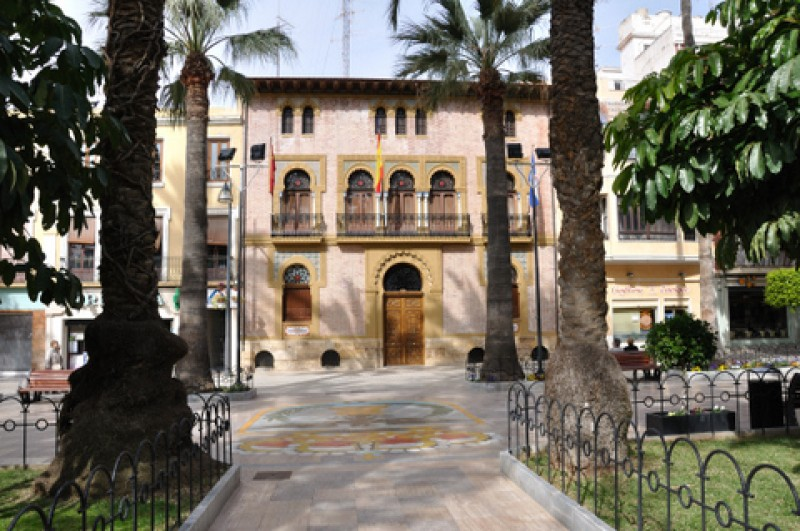 <span style='color:#780948'>ARCHIVED</span> - 8th June : Free guided tour of historical Águilas