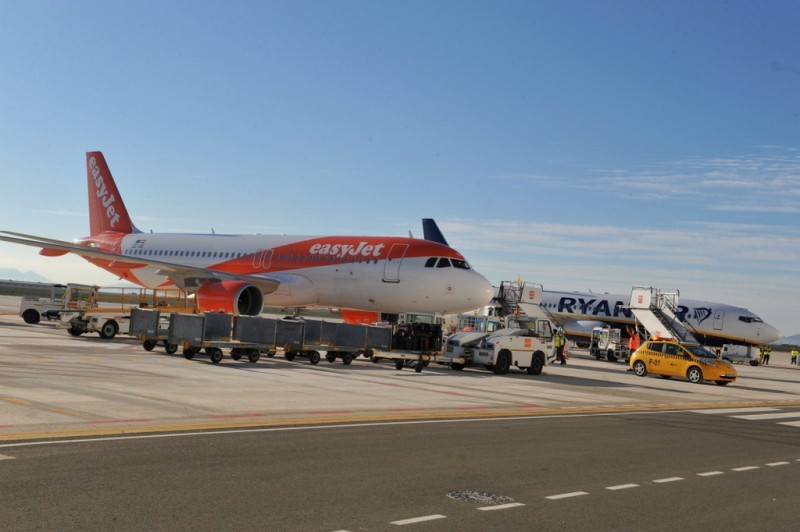 <span style='color:#780948'>ARCHIVED</span> - 16,000 passengers fewer at Corvera airport during August