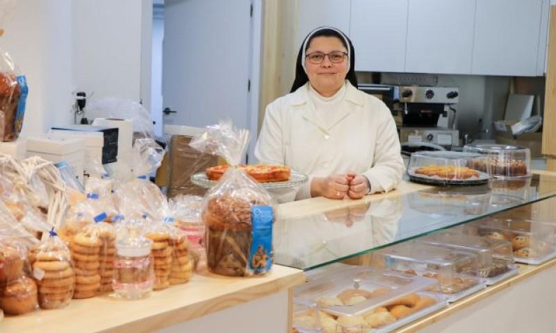 Franciscan nuns selling confectionary in the centre of Murcia at Obrador Convento de San Antonio