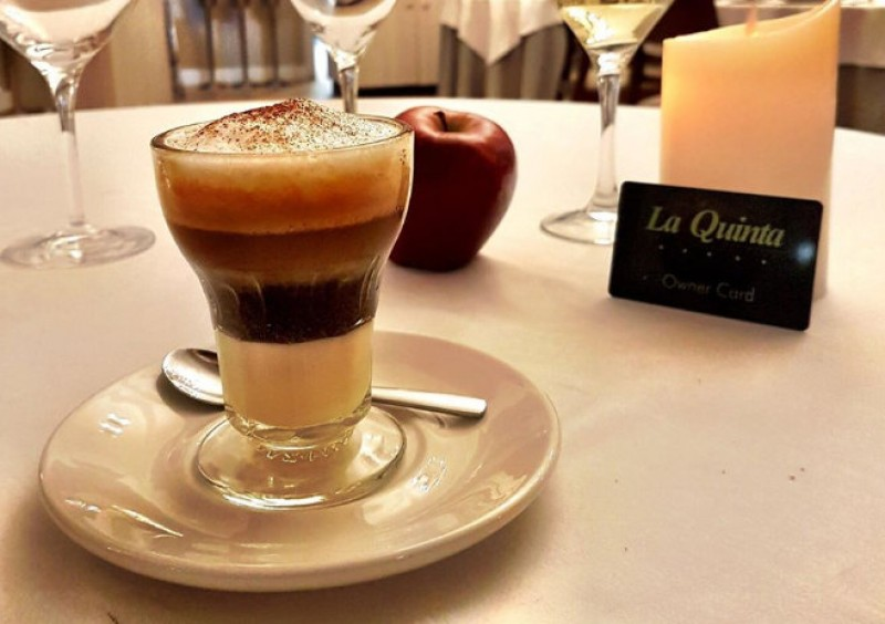 Try an Asiático coffee when visiting the Murcia Region