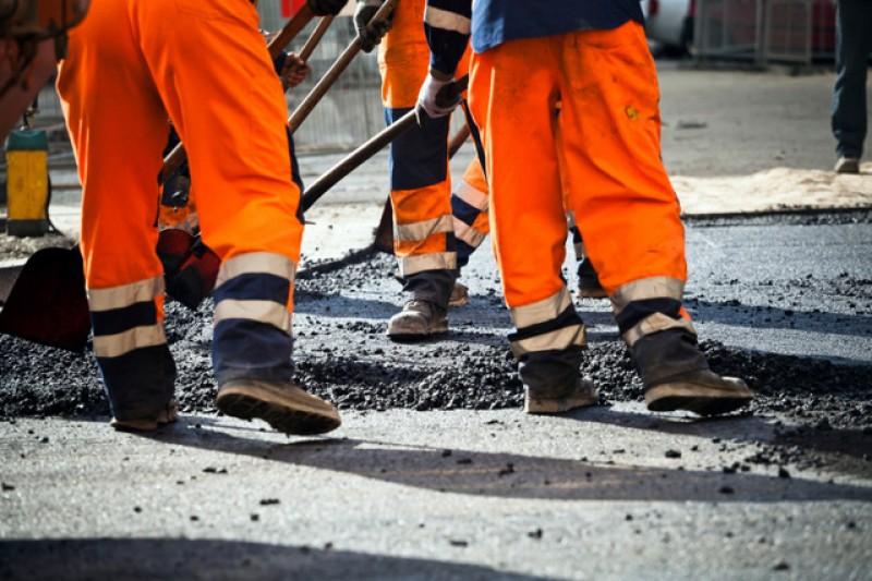 <span style='color:#780948'>ARCHIVED</span> - Complaints as major roadworks begin on La Manga causing tailbacks