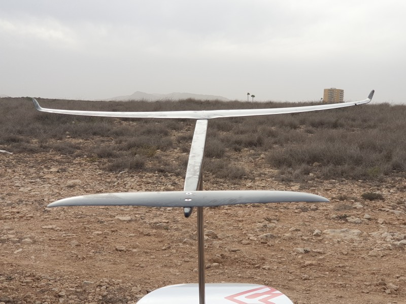 The AFS S RANGE S-840 full carbon salom windfoil