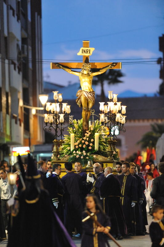 Scallops for Santiago and sweets for sharing in the Mula Semana Santa