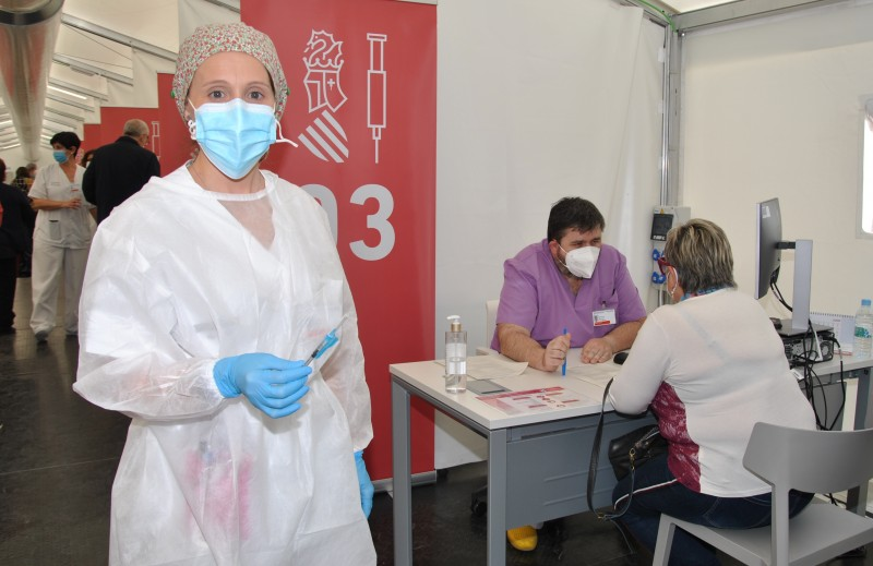 <span style='color:#780948'>ARCHIVED</span> - Covid infection rates rise again in Spain but the fourth wave is currently little more than a light swell
