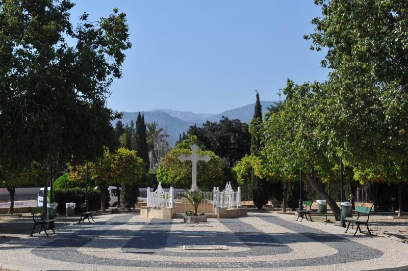 Cruz de la Misión and Jardín de la Cruz Totana